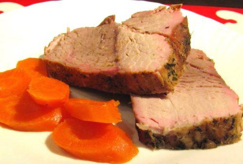 Отварное мясо с морковью