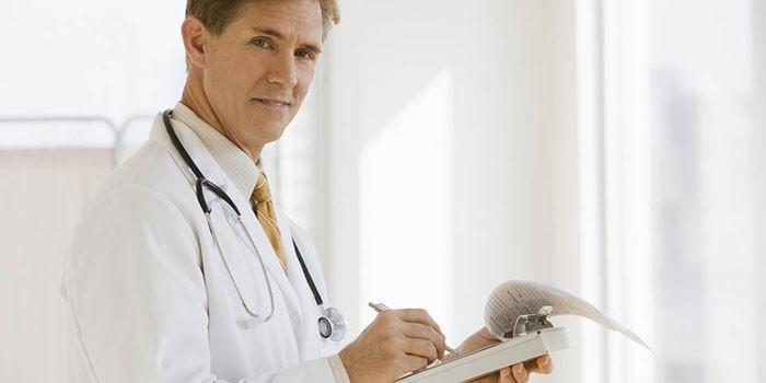 Как врач проверяет печень