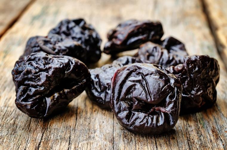 Чернослив богат различными питательными веществами