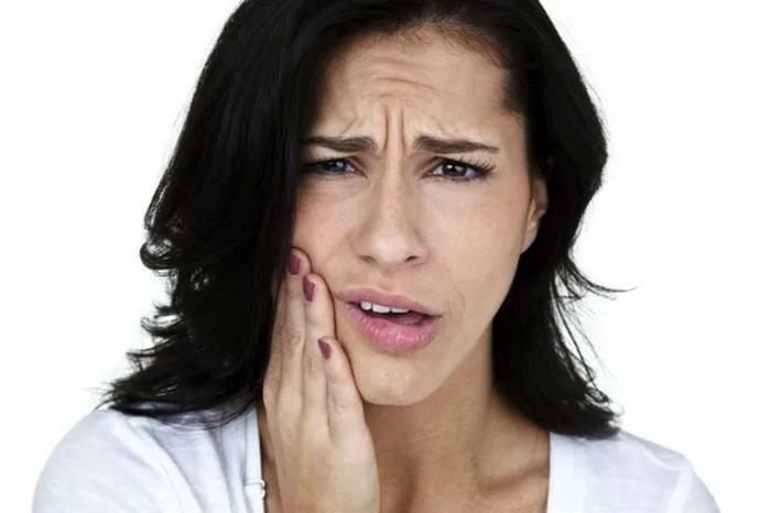 отечность после имплантации зуба