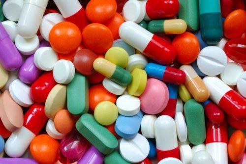 Длительное применение лекарственных средств может навредить желудку и повысить его кислотность
