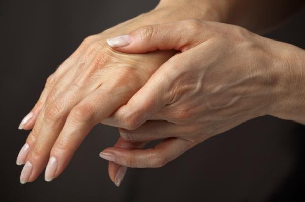 Полиартрит кисти руки
