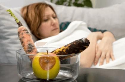 Интоксикация испорченными фруктами