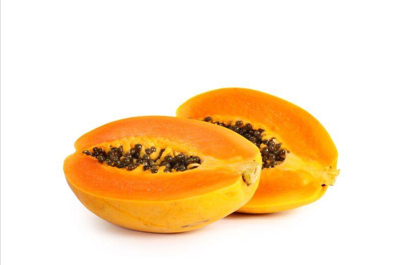Папайя – источник витамина А и С