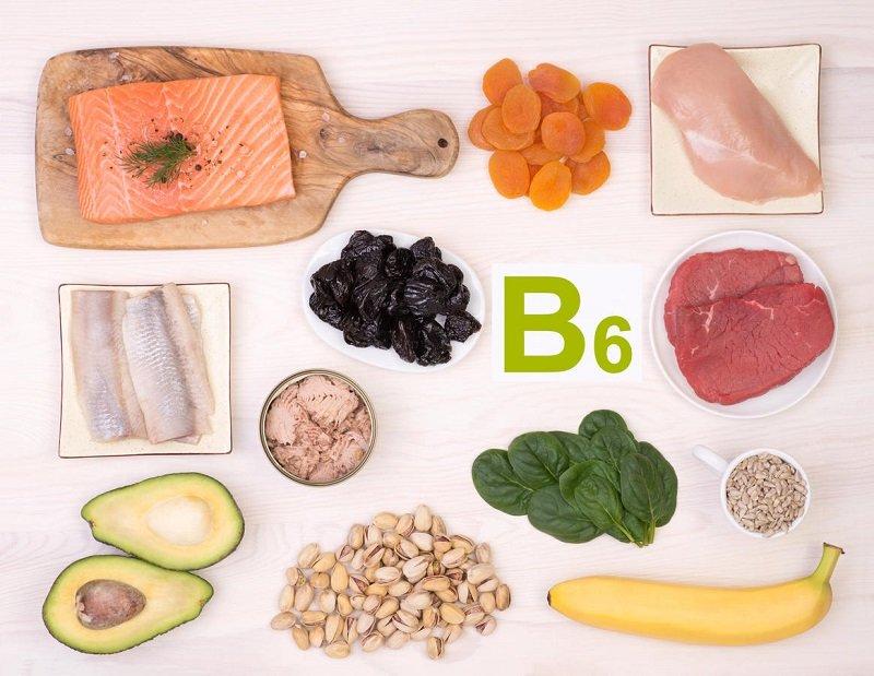 Витамином В6 богаты бананы, фисташки, шпинат, курага, некоторые виды мяса и курятина.