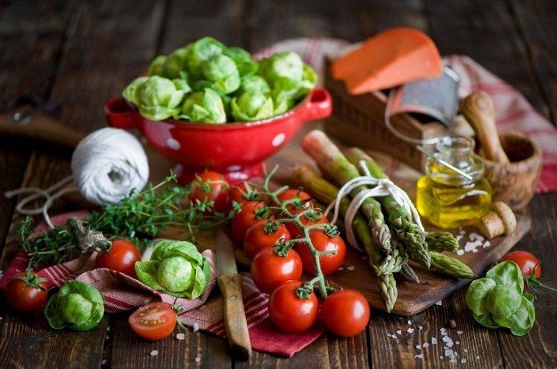 Мужчинам, страдающим раком простаты, необходимо ограничить употребление продуктов с высоким содержанием красителей, стабилизаторов и консервантов.
