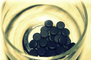 Прием активированного угля