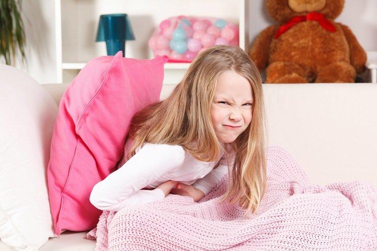 Симптомы боли в животе после еды у детей – признак нарушения пищеварительной системы