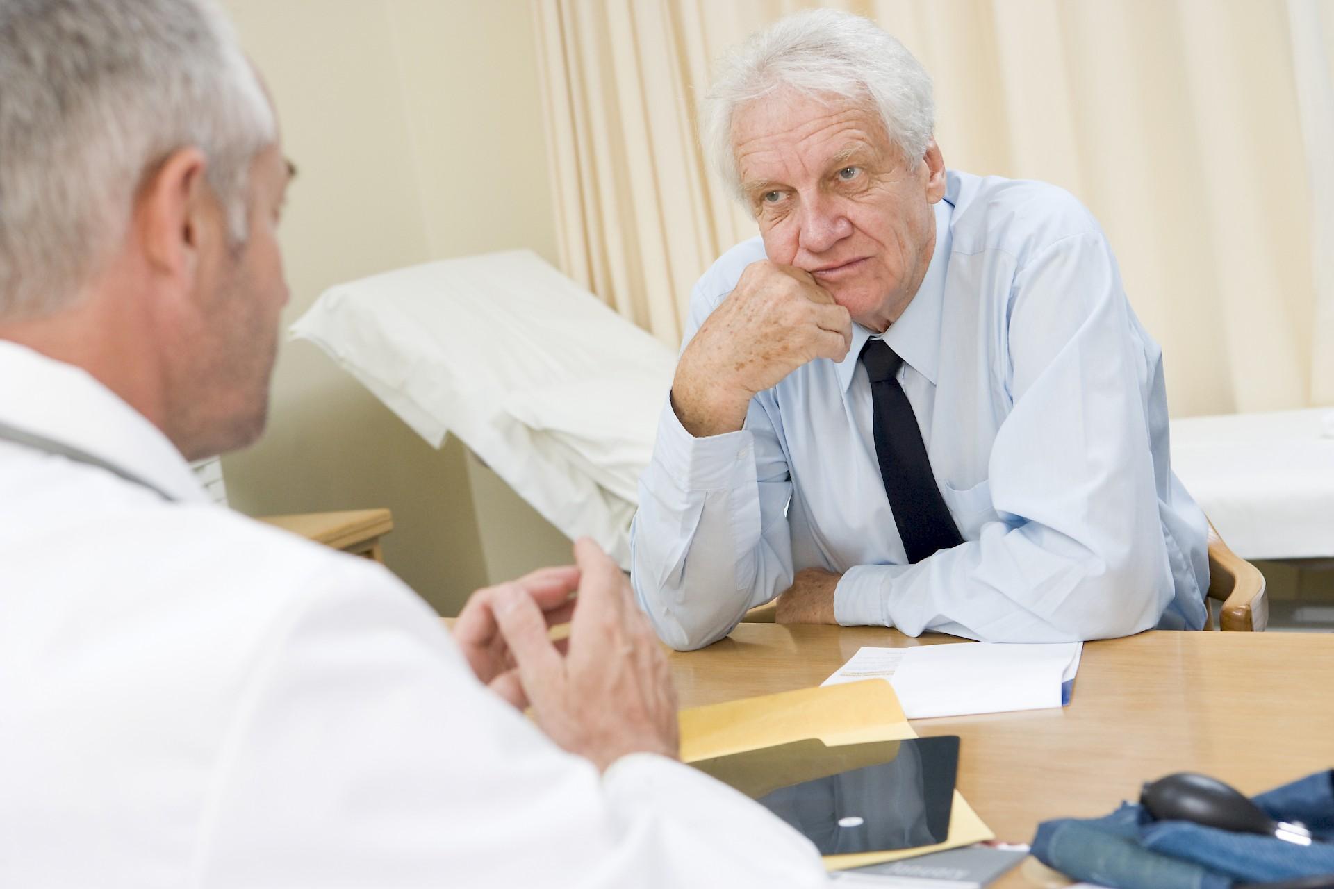 Признаки алкогольного гепатита у мужчин и женщин