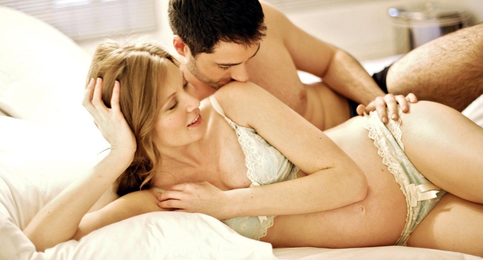 Если нет противопоказаний во время беременности, то отказываться от интима категорически не рекомендуется