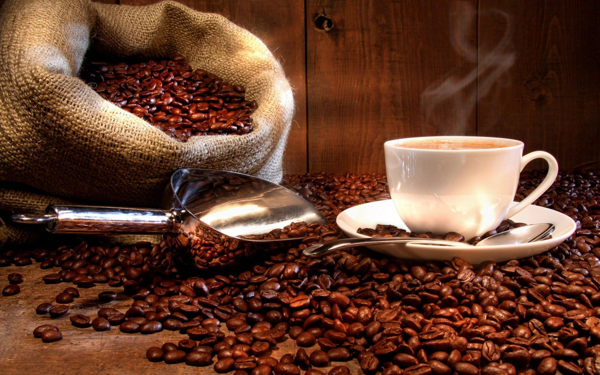 Главным ингредиентом кофе является кофеин