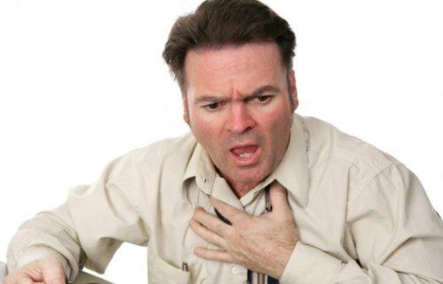 Трудности с глотанием при дисфагии пищевода