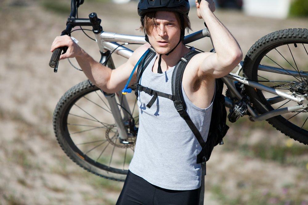 Перед тем как начать активно заниматься велоспортом, необходимо проконсультироваться с врачом