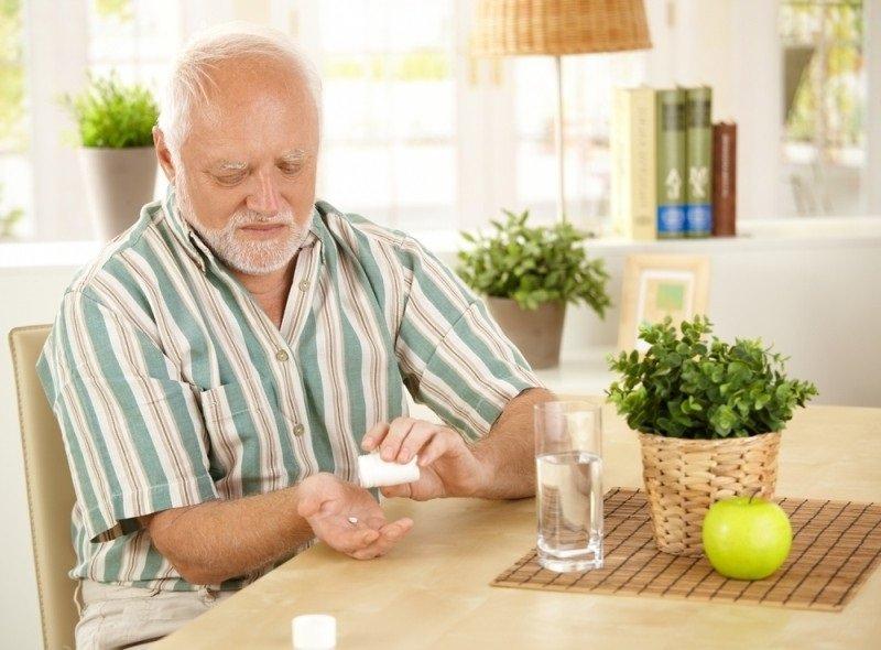 Если возникли болезненные ощущения в мышцах, необходимо прекратить прием препарата.