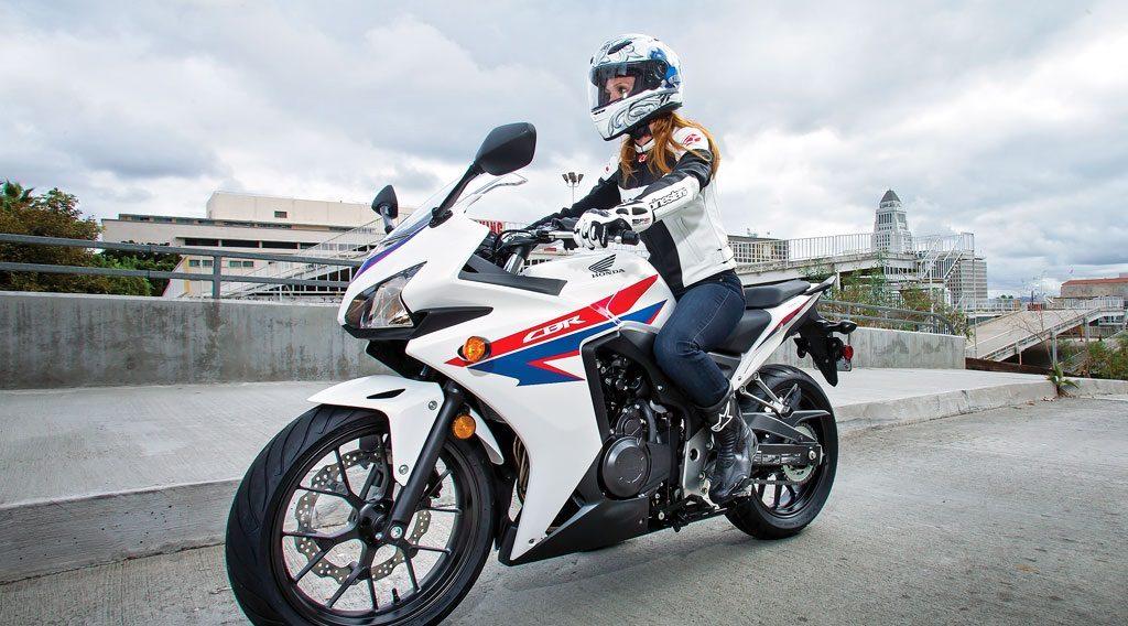 Езда на мотоцикле полезна для женщин