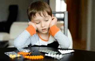 Доступ детей к таблеткам
