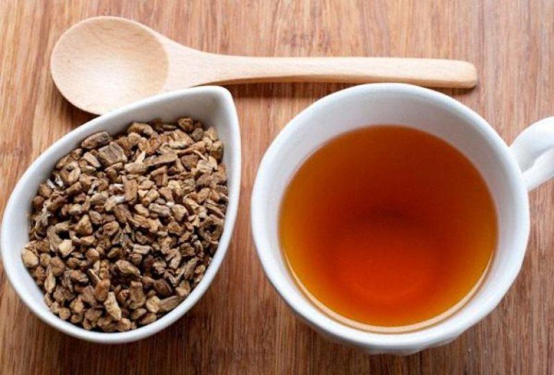 Чай с калганом тонизирует и возвращает мужскую силу, можно пить для профилактики.