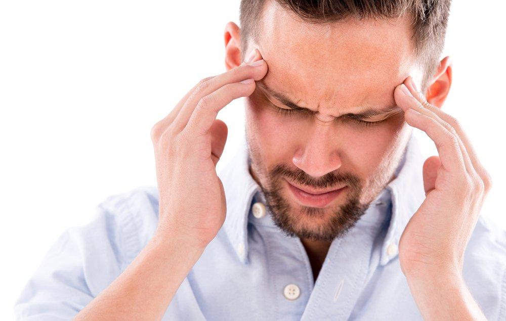 Большинство мужчин, отмечают частое возникновение головной боли