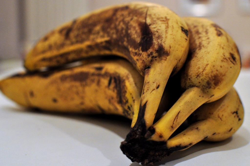 Коричневые бананы