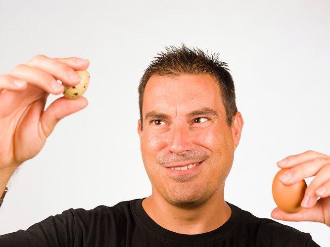 Употребление сырых яиц положительно влияет на эрекцию. А также увеличивает длительность оргазма.