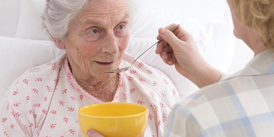 Причины недержания кала у пожилых людей – неправильное питание
