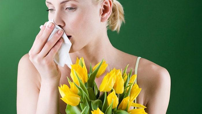 отек носа при аллергии