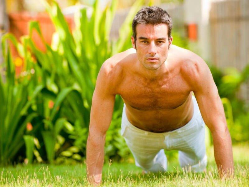 Перед тем, как прибегать в какой-либо методике увеличения мужского полового органа, следует посоветоваться со специалистом