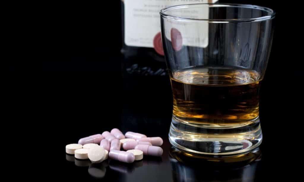 Совместимость Альфа Нормикс с алкоголем