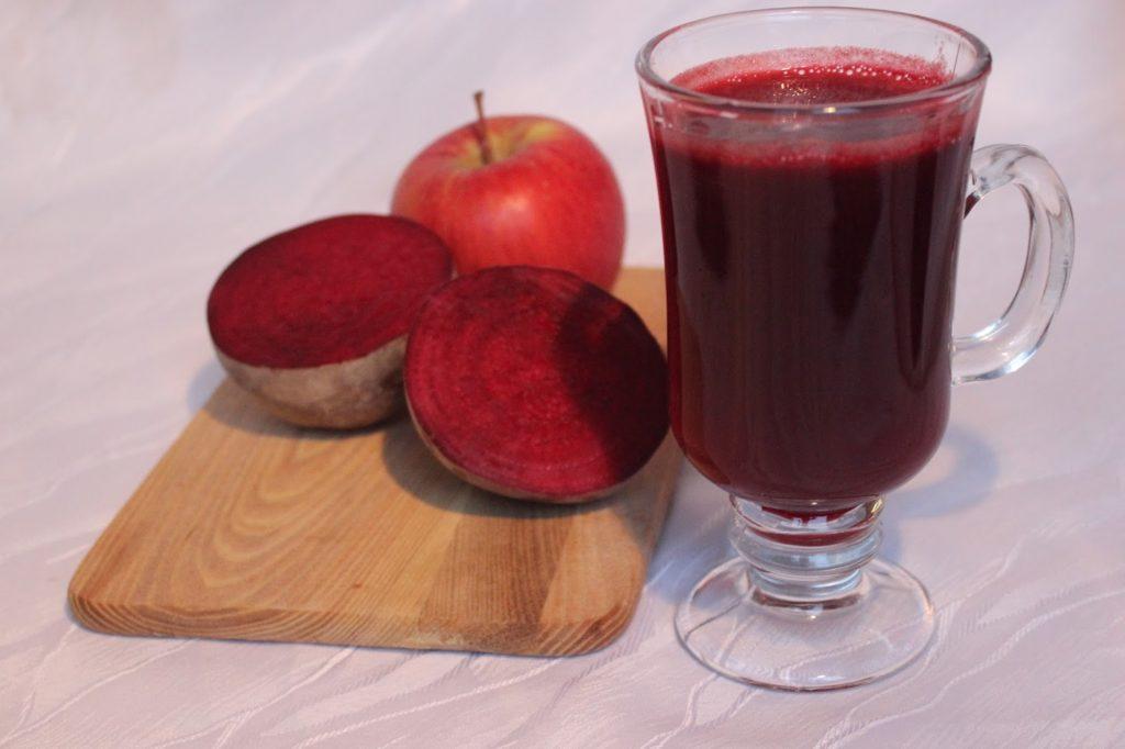 Сок из свеклы и яблока