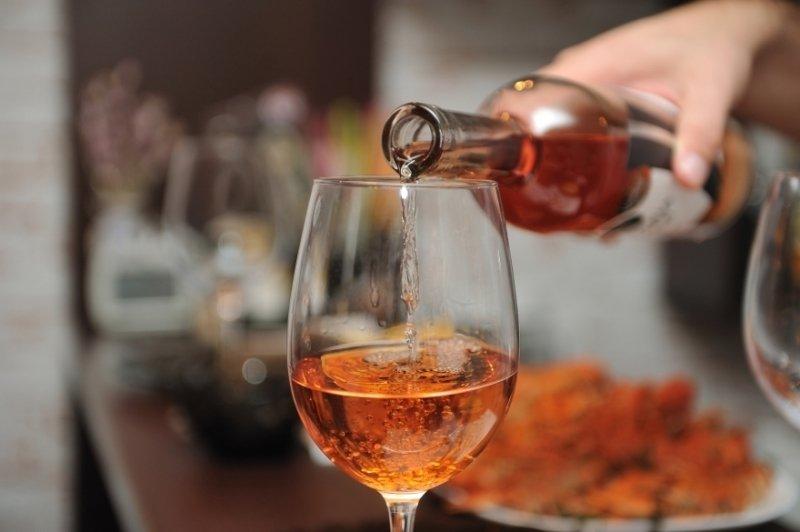 Как и любое лекарство, милдронат не стоит смешивать с алкоголем. Даже с бокалом вина.
